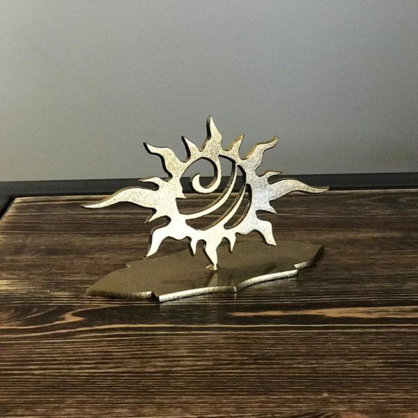 Статуэтка из металла